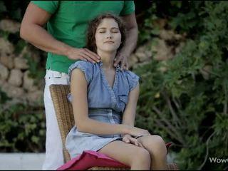 Monada adolescente slurps apagado duro rabo outdoors