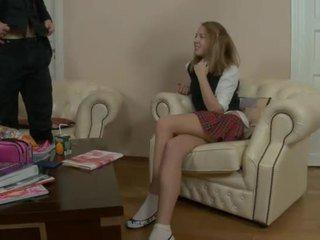 Klein aziatisch tiener gets nailed