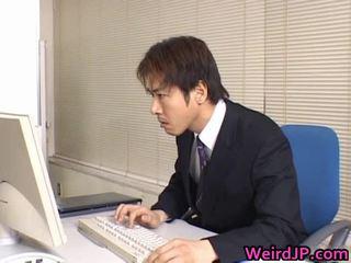 Miela azijietiškas sekretorė išgręžtas