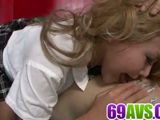 Appealing rina umemiya es en para un harsh porno espectáculo: porno 7a