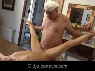 2 retired oldmen fucks 청소년 에 휴가