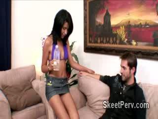 Сладъл нахален мадама уличница mekeilah любов gets прецака от възбуден guy