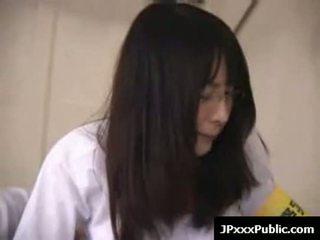 Seksuālā japānieši tīņi jāšanās uz publisks places 06