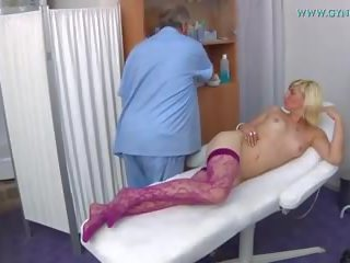 Kimberly gyno eksāmens: gyno xxx hd porno video 86