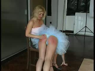 Ballet dancer spanked zor tarafından treyler kız video