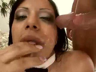 Brunette kyra darksome gets haar moist aars pounded hard