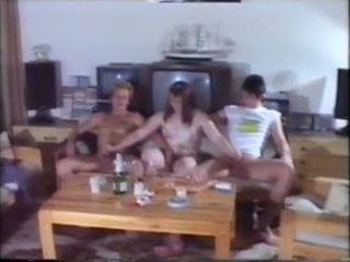 Párty orgie: zadarmo amatérske porno video 77