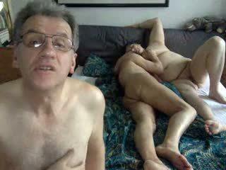 Bisex Mature: Free Amateur Porn Video af