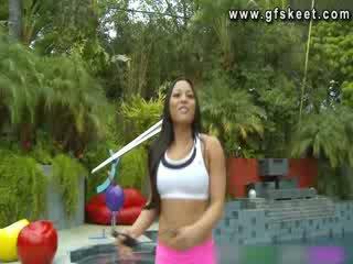 Sexy latino adrianna luna es follada por su trainer