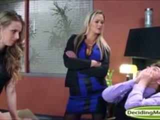 Abbey helps jillian mendapatkan yang kerja dengan dubur