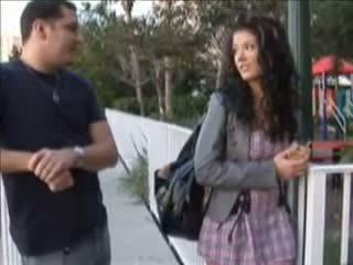 Tiener gets zwanger van een creampie neuken