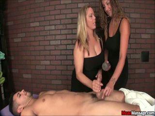 Rallig massage duo erhalten turned auf von teasing ein schlecht sap