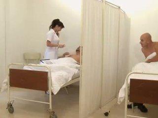 Ondeugend anaal verpleegster - cindy dollar