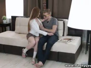 Teeny lovers - adolescente seduces su facultad tutor