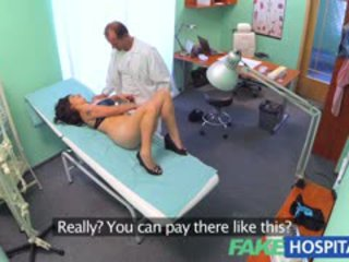 Fakehospital vietnamita paciente gives médico um sexual reward