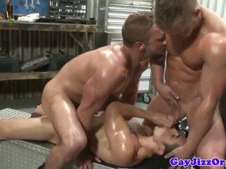 समलैंगिक, घुड़साल, मांसपेशी