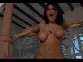 big boobs, sitieniem