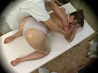 Spycam แฟชั่น แบบ seduced โดย masseur 1