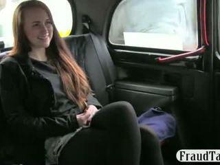 Schlecht kunst student offered geld für sex von sie taxi driver