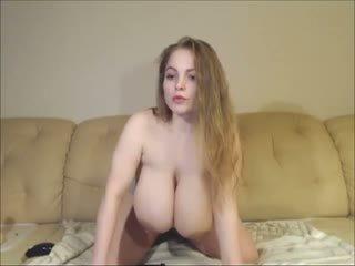 brunete, rotaļlietas, big boobs