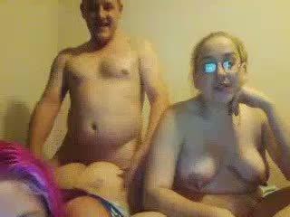 추악한 토실 토실 살찐 daughters double-blowjob 아니 그들의 지방 아버지