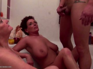 group sex, vanaemad, matures