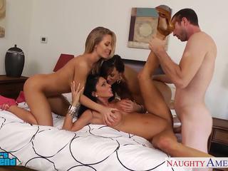 Seksuālā meitenes jessica jaymes, lisa ann un nicole aniston
