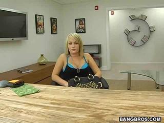 Ze gets neuken hard gratis video-