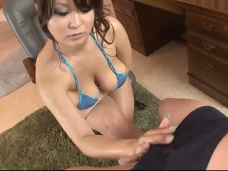 거유 아시아의 에 blue 비키니 blows a 수탉