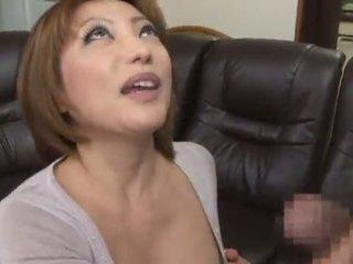 Manis sekali dan pedas cina reiko kagami giving sebuah terangsang jilatan