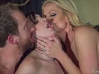 Seksikäs gootti tipu pleases kelly madison ja hänen hubby