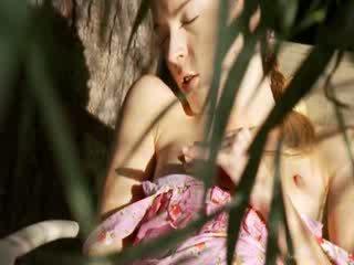 超 性感 花園 masturbation