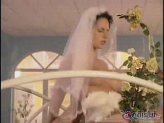 Michelle selvagem e maria belucci pode agora ser properly casada para seu men