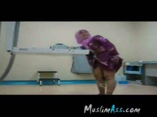 Hijab যৌন এ কাজ