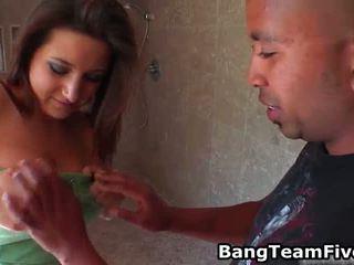 Bārs hopping, bartender sperma mainīšana