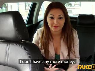 Veľký prsia amatérske okašľané podľa a taxi