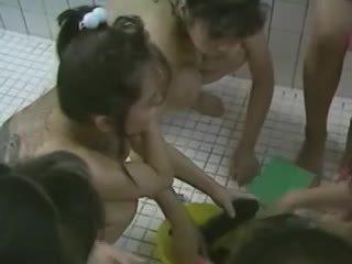 China porn bathroom storms