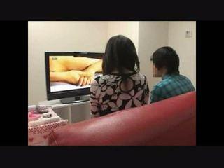 母亲 和 儿子 看 色情 一起 实验 4