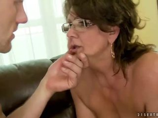 Oma seks compilatie part5 video-