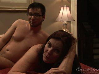 Aiz the ainas ar the seksuālā puma magdalene st michaels