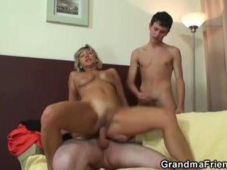 Mais quente sexo a 3 com maduros mulher