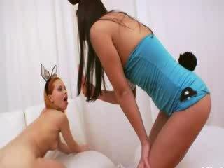 Analhole acrobat having bips diep licked