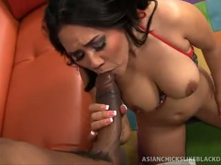 Jessica bangkok sucks in fucks