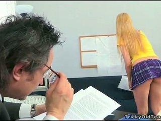 Sex lesson s nadržané učiteľka