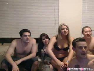 Friday notte divertimento con friends webcam