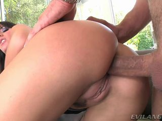 Super seksual and gyzykly betje eje enjoys getting her öl crack pounded hard