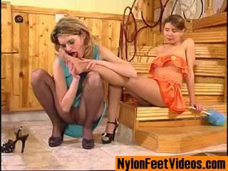 Ninette un alice erotisks zeķe pēdas aina