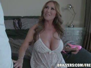 Brazzers - セクシー ステップ ママ kianna dior