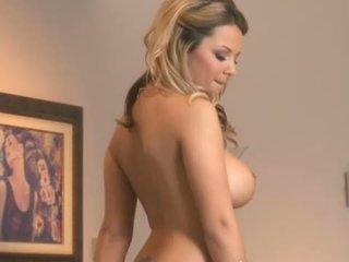 Twistys: ashlynn brooke teasing في حار solo مشهد