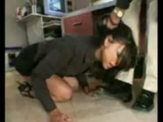 Stupid employee brutally destroyed s frustrated šef